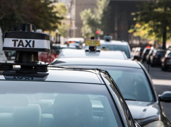 Ucena povlašćenih preduzetnika – o novom protestu taksista u Beogradu