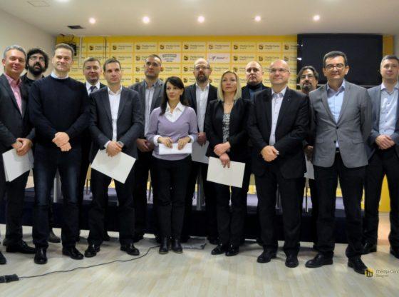 Opozicija potpisala Sporazum sa narodom, Ne davimo Beograd nije među potpisnicima