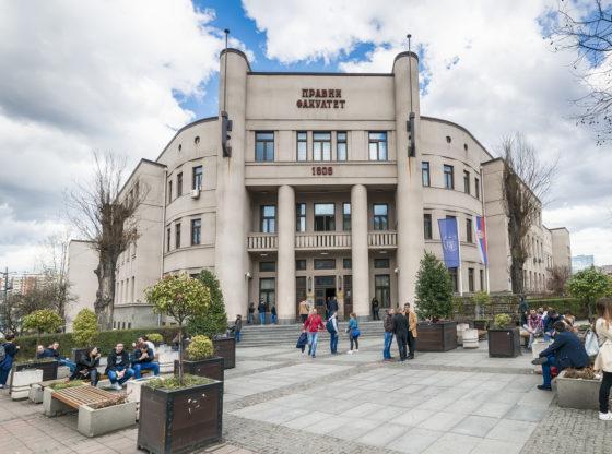 Podrška sa Pravnog fakulteta: 27 nastavnika i saradnika podržalo proteste