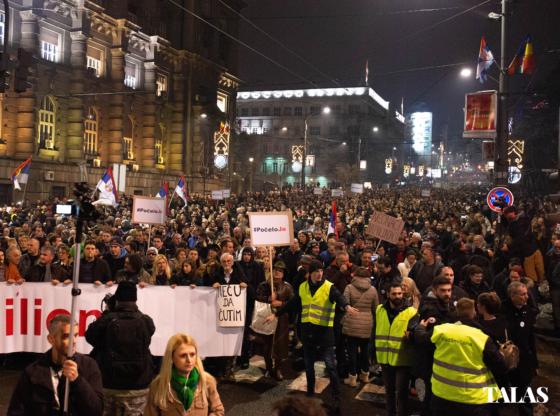 Poslanici da vrate mandate – dalji koraci opozicije?