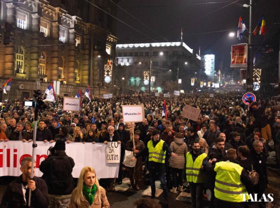 Zašto nema mladih na protestima? 3 glavna razloga