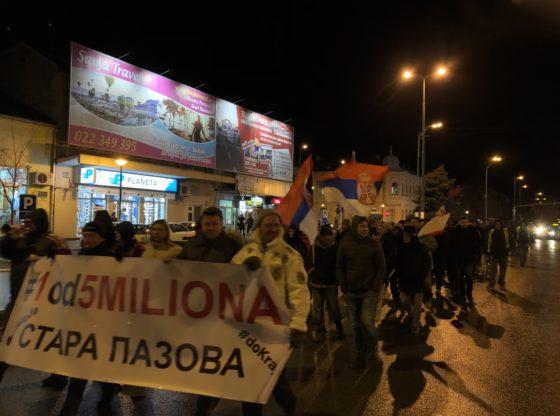 Očekivanje da će protesti izroditi nove političare – utisci sa protesta iz Stare Pazove