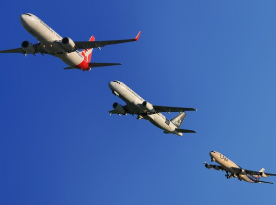 """Zašto da svi plaćamo da bi samo neki putovali? O državnom finansiranju letova iz Niša """"od javnog značaja"""""""