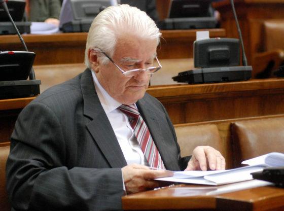 Mićunović za Talas: Zašto sam protiv bojkota parlamenta