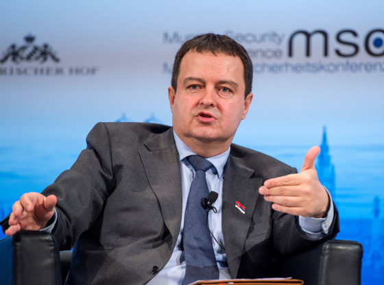 Raspevani cinizam za unutrašnju upotrebu - diplomatija Ivice Dačića