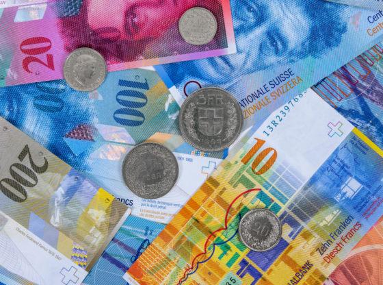 Svako od nas po 45 evra za kredite u švajcarcima – je li to fer?