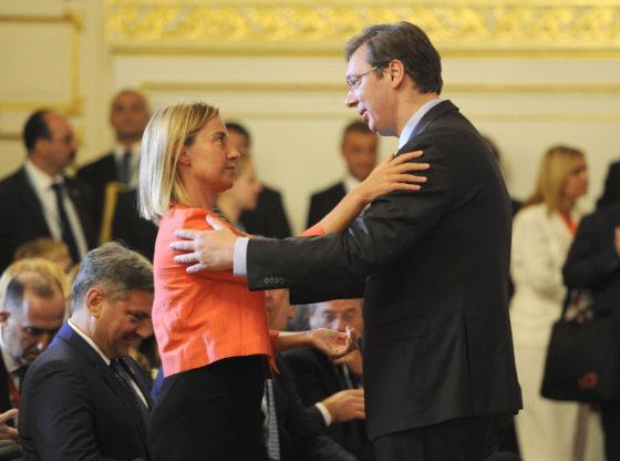Da li su vlasti u Srbiji odustale od procesa evropskih integracija?