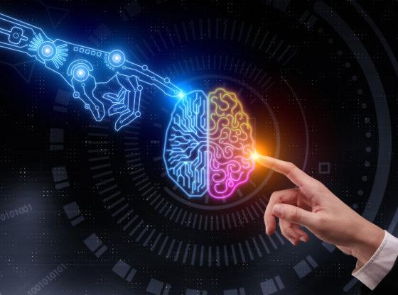 Šta kažu podaci —da li će radnike zameniti veštačka inteligencija?