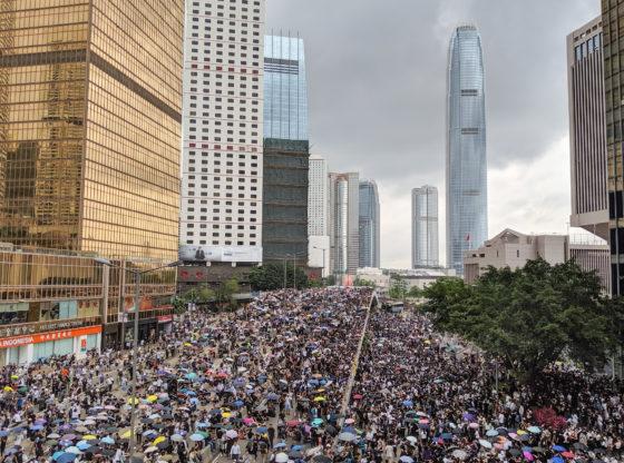 Razglednica iz Hong Konga za srpsku opoziciju – šta su najvažnije lekcije o protestima?