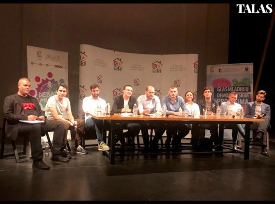 Šta mladi političari misle o izborima i bojkotu? KOMS i Talas debata