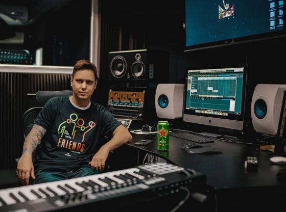 Reksona za Talas: Bassivity radi na izgradnji pop kulture