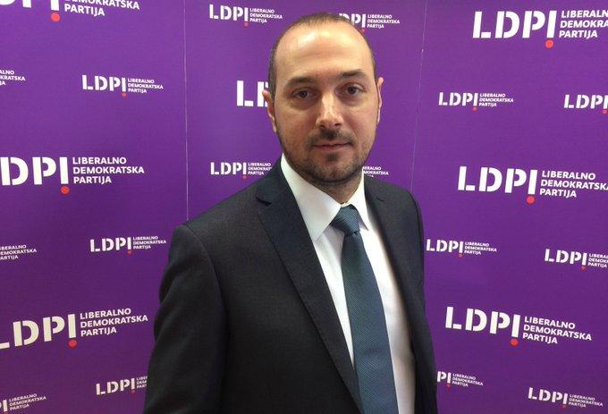 Autor teksta: Borislav Krivokapić, menadžer Gradskog odbora Beograd, LDP