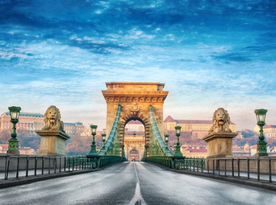 Lekcije iz Budimpešte za srpsku opoziciju