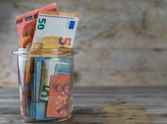 Doznake - koliko novca Srbi iz inostranstva šalju u Srbiju?