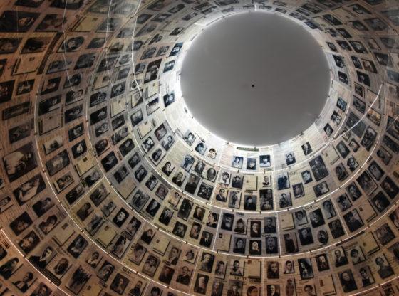 Kako obeležavamo Holokaust u digitalnom dobu?