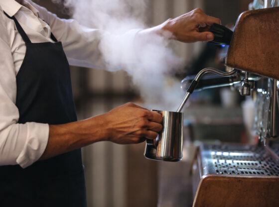 Kako Poreska uprava otežava život preduzetnicima i kako to utiče na plate?