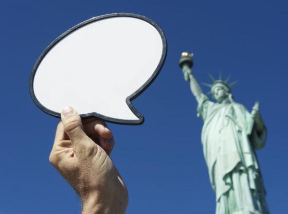 Društvene mreže i država - ko će, koga i kako da reguliše?