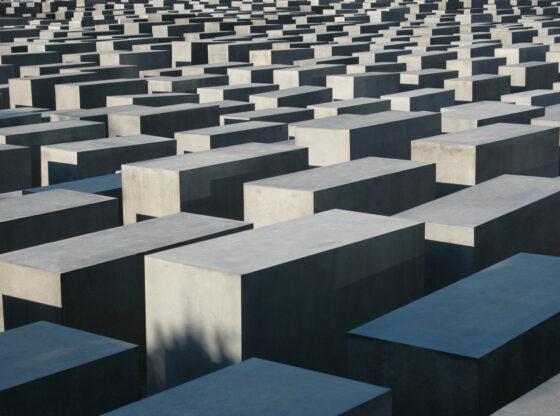 Zašto je Holokaust zločin bez presedana?